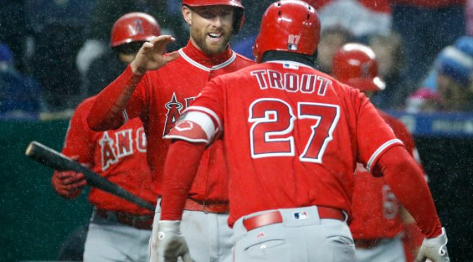 Mike Trout homers as Angels extend winning streak in snowy Kansas City